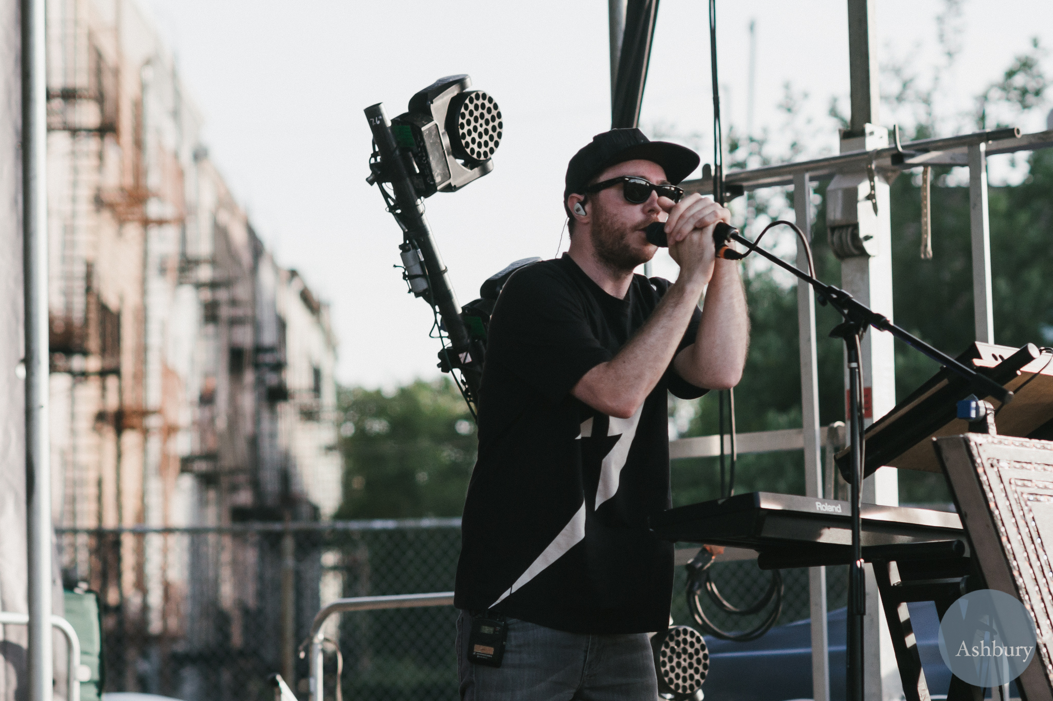 martin doherty - chvrches