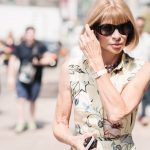 anna wintour arrives at jason wu ss15