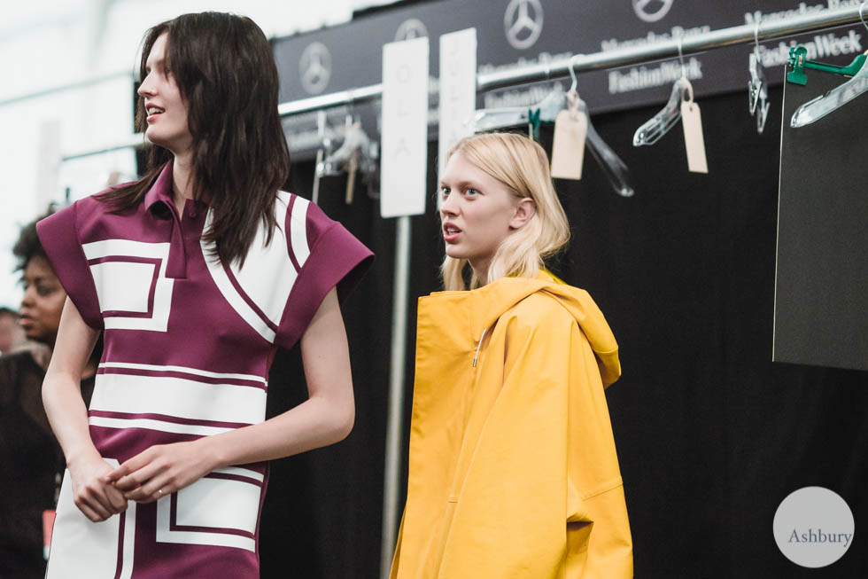 katlin aas and juliana schurig - lacoste backstage (23)