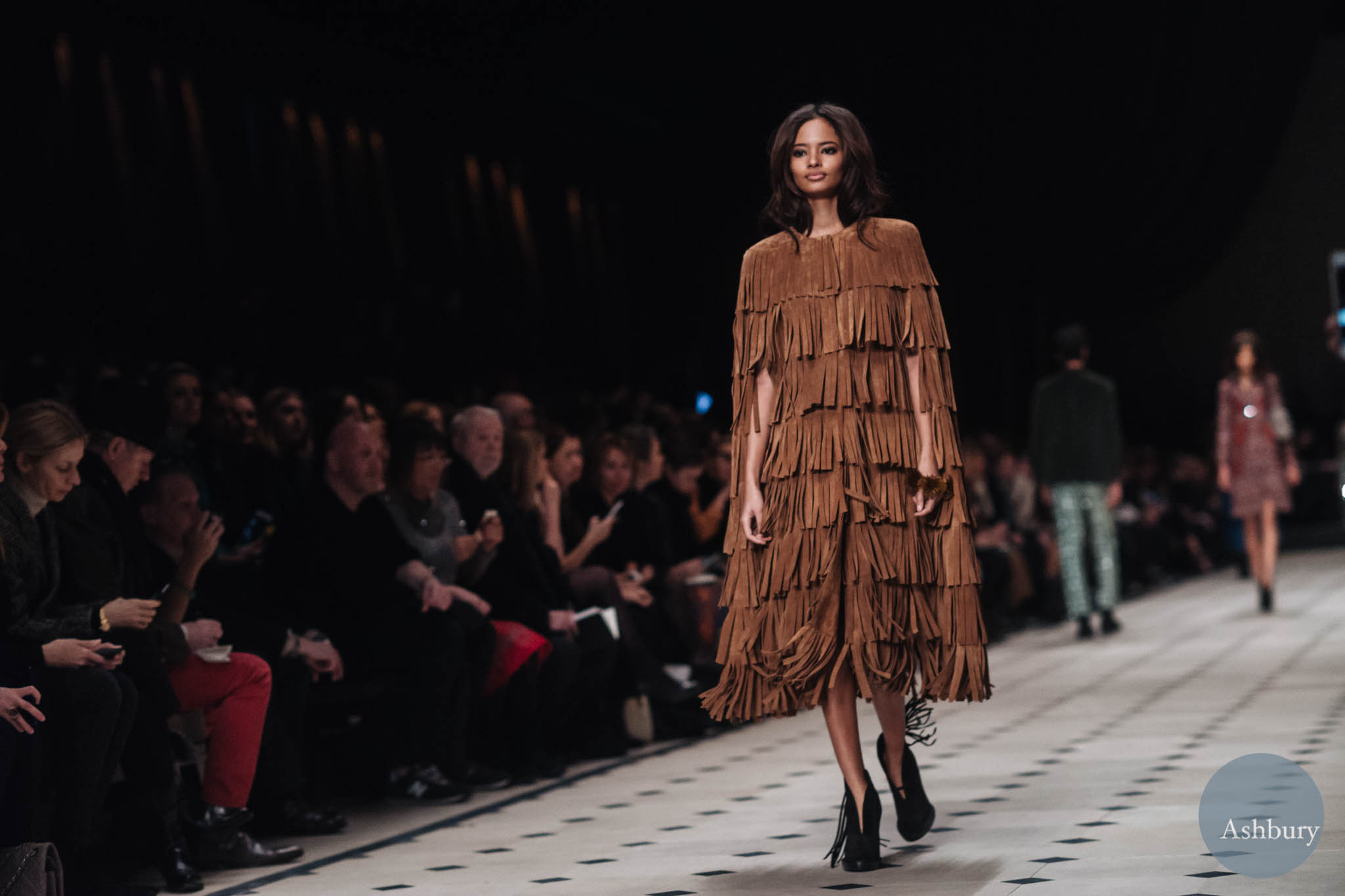 burberry fw15 malaika firth (look 2)