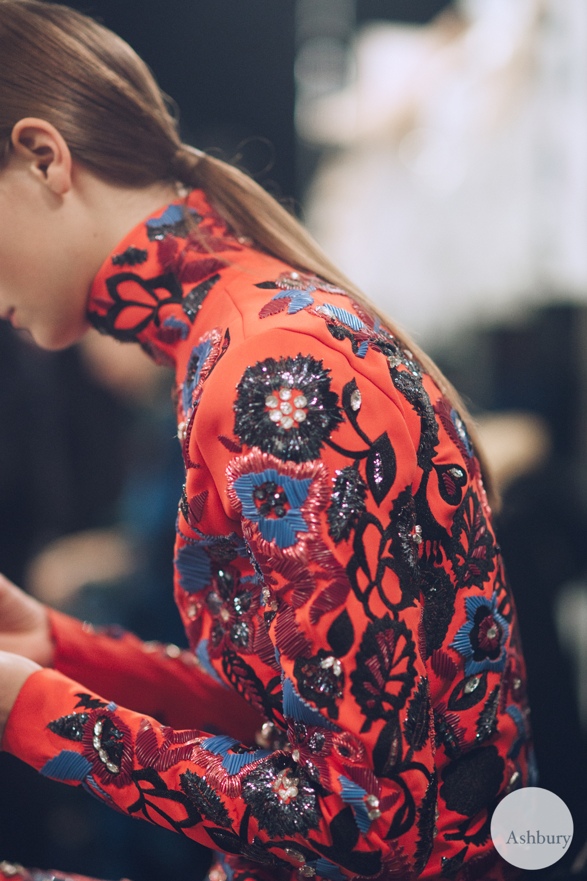 kenzo backstage fall/winter 2015 - ine neefs