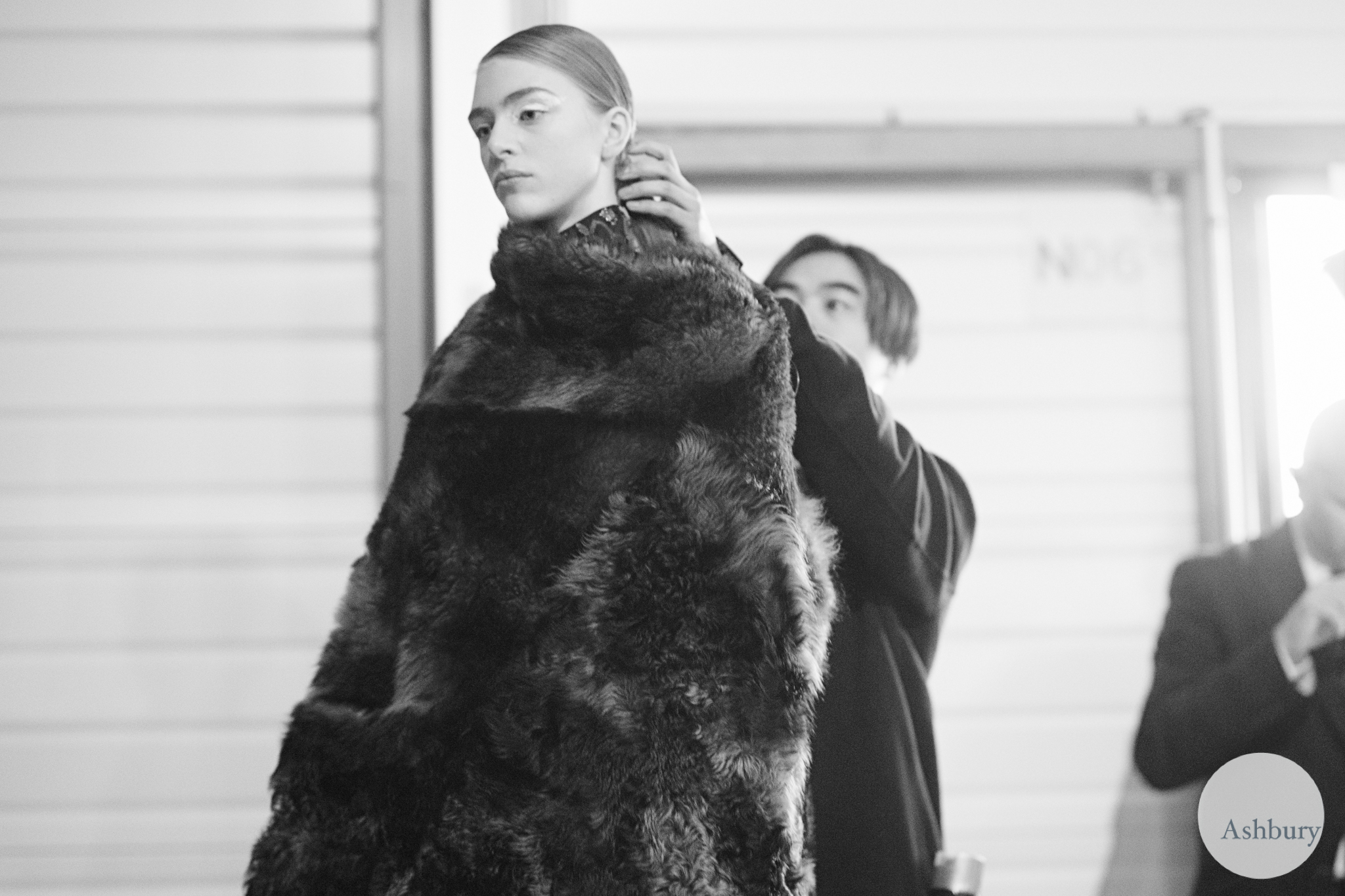 kenzo backstage fall/winter 2015 - hedvig palm bw