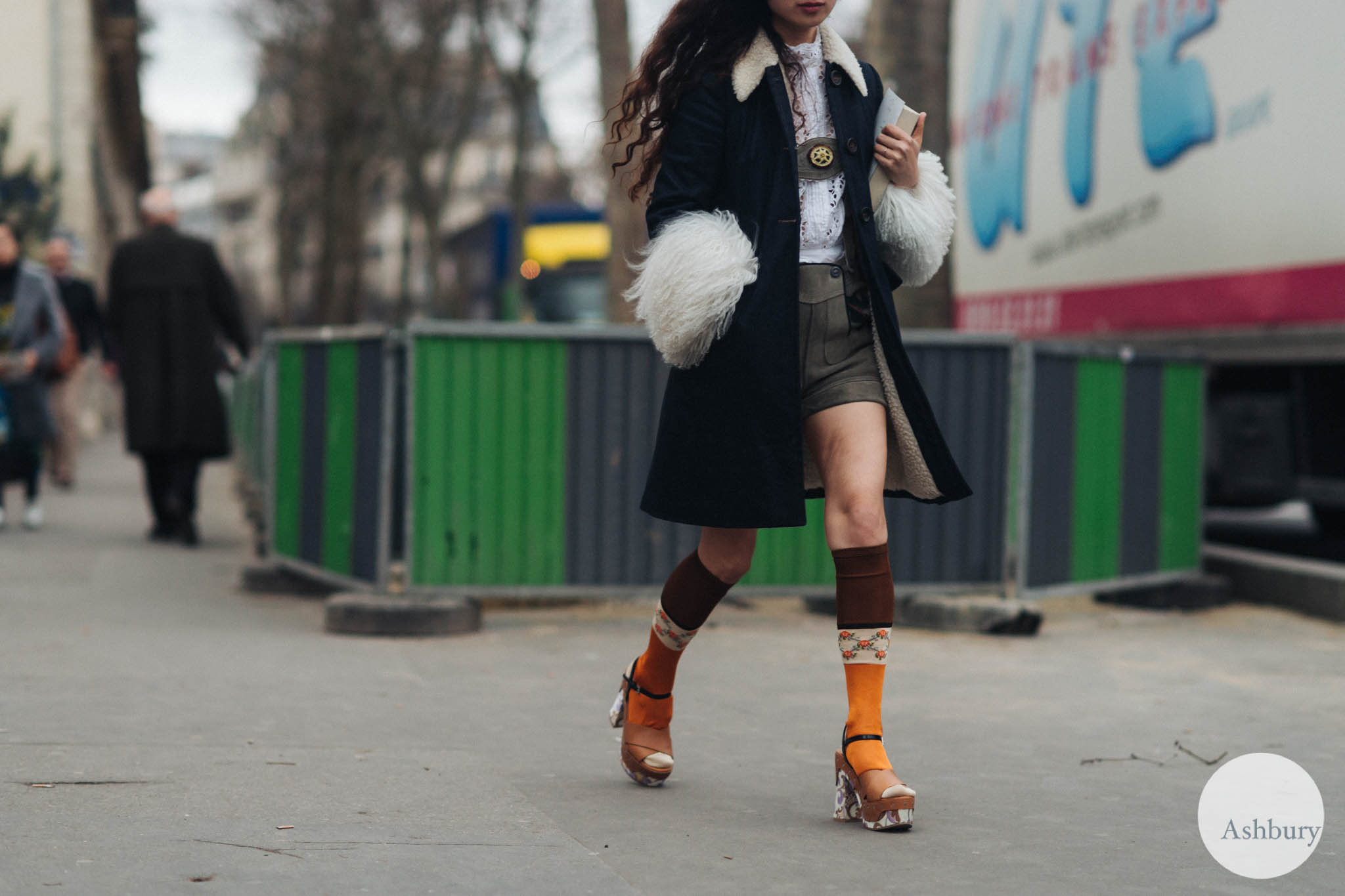 paris street fashion 18