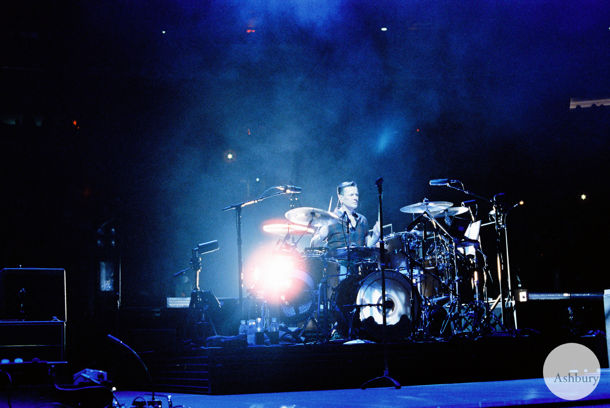larry mullen jr of U2 u2ie tour MSG 07/19 cinestill 800 @ 1600