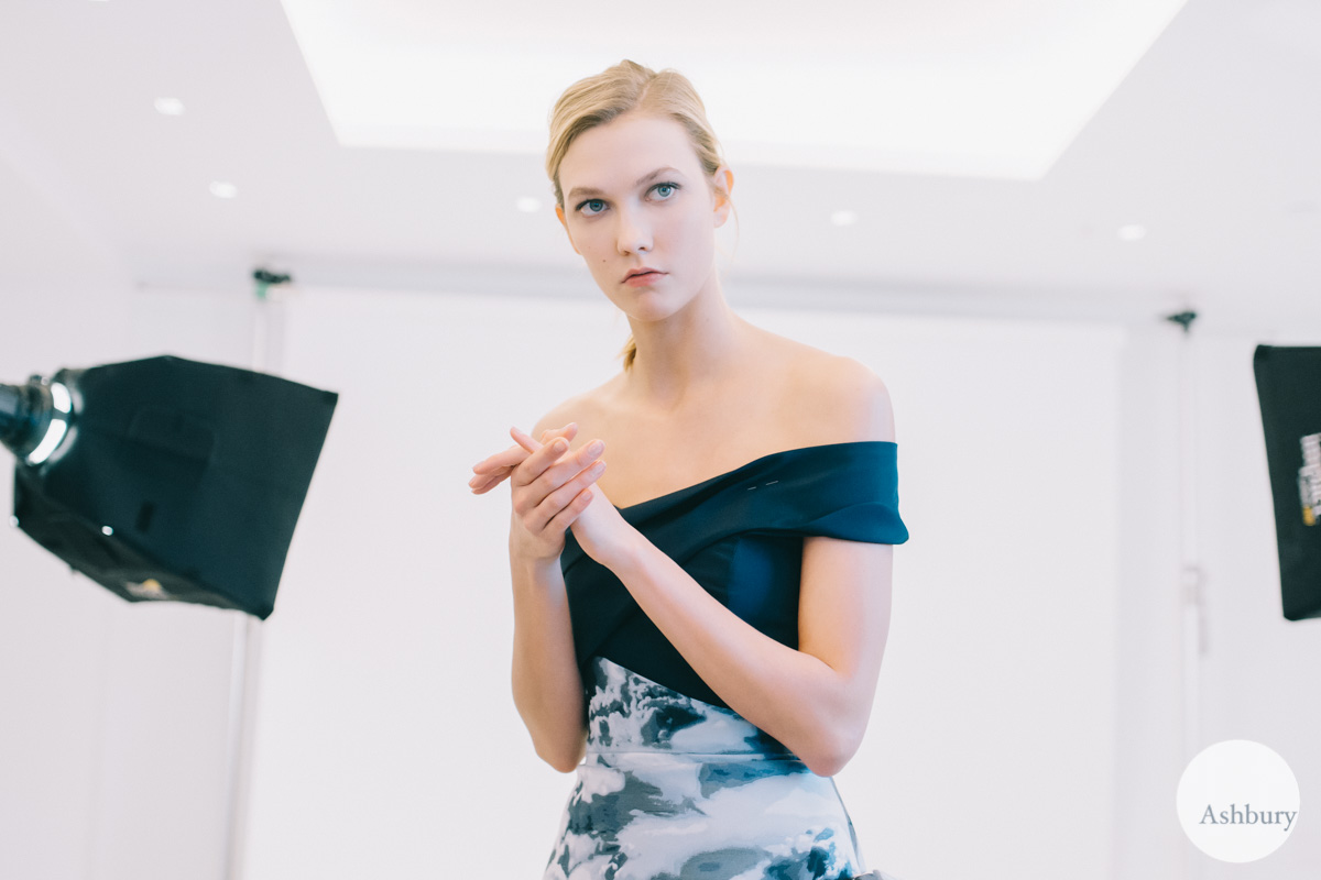2015 backstage karlie kloss for carolina herrera